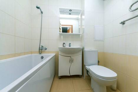 Сдается 1-комнатная квартира посуточно в Энгельсе, улица Тельмана, 150.