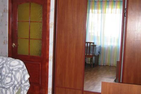 Сдается 2-комнатная квартира посуточно в Керчи, Крым,ул.О.Кошевого,20.