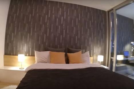 Сдается 1-комнатная квартира посуточнов Екатеринбурге, улица Щорса, 105.