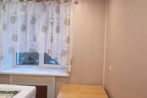 Сдается 1-комнатная квартира посуточнов Омске, Карла Маркса проспект дом 87.