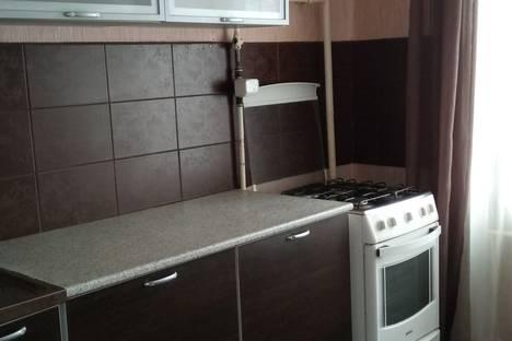 Сдается 1-комнатная квартира посуточнов Омске, Карла Маркса проспект дом 66.