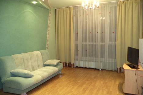 Сдается 2-комнатная квартира посуточнов Новокузнецке, Кирова улица, 36.