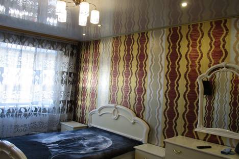 Сдается 1-комнатная квартира посуточнов Новом Уренгое, Ленинградский проспект дом 12 а.