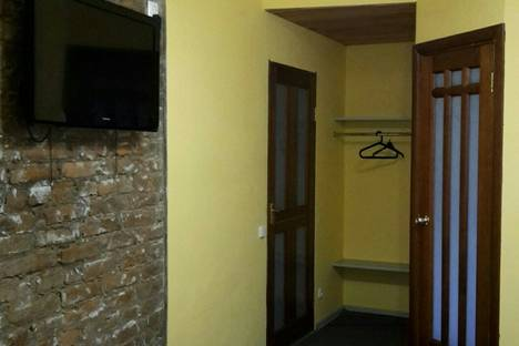 Сдается 1-комнатная квартира посуточнов Кобрине, Суворова, 11.