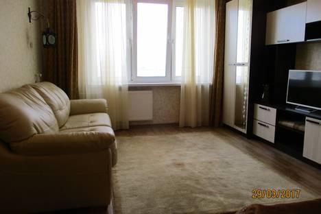 Сдается 1-комнатная квартира посуточно в Санкт-Петербурге, Оборонная улица,22.