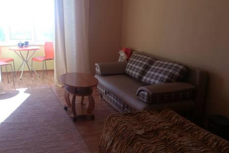 Сдается 2-комнатная квартира посуточнов Сухуме, Ласурия 18.