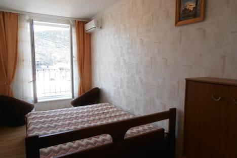 Сдается 2-комнатная квартира посуточно в Балаклаве, ул.Рубцова 17.