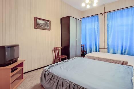 Сдается 2-комнатная квартира посуточнов Санкт-Петербурге, 11 линия Васильевского Острова д.28.