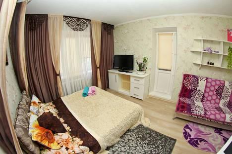 Сдается 1-комнатная квартира посуточно в Сургуте, Студенческая улица 11.