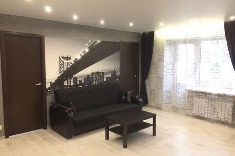 Сдается 3-комнатная квартира посуточнов Рыбинске, улица Крестовая, 126.