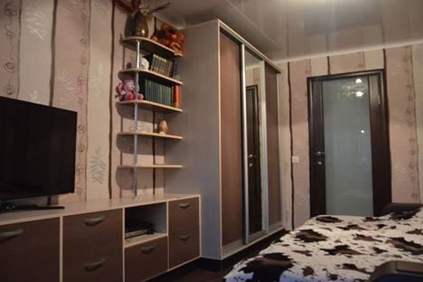 Сдается 1-комнатная квартира посуточно в Череповце, Московский проспект, 58.