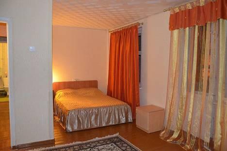 Сдается 1-комнатная квартира посуточно в Череповце, проспект Луначарского, 8.