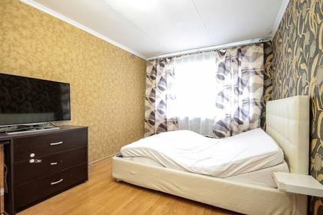 Сдается 1-комнатная квартира посуточнов Екатеринбурге, улица Малышева, 93.