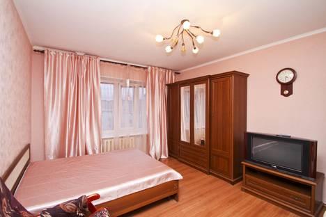 Сдается 2-комнатная квартира посуточно в Сургуте, ул. Показаньева, 12.