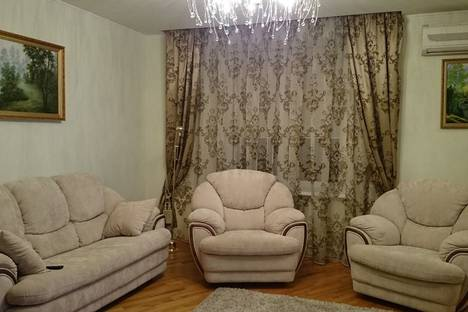Сдается 2-комнатная квартира посуточнов Витязеве, улица Крымская, 186.