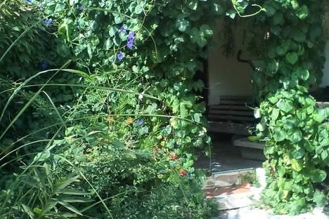 Сдается 2-комнатная квартира посуточно в Евпатории, 4/2 Музейный переулок.
