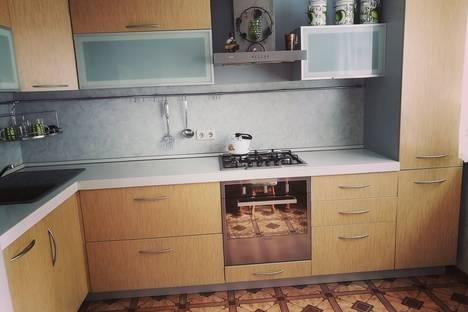 Сдается 2-комнатная квартира посуточно в Ханты-Мансийске, улица Доронина дом 26.