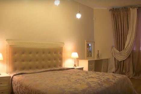 Сдается 1-комнатная квартира посуточнов Екатеринбурге, улица Щорса, 103.