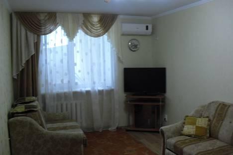 Сдается 2-комнатная квартира посуточно в Евпатории, 50 проспект Ленина.
