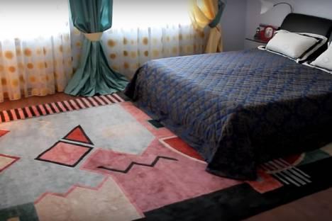 Сдается 1-комнатная квартира посуточнов Екатеринбурге, улица Смазчиков, 5.