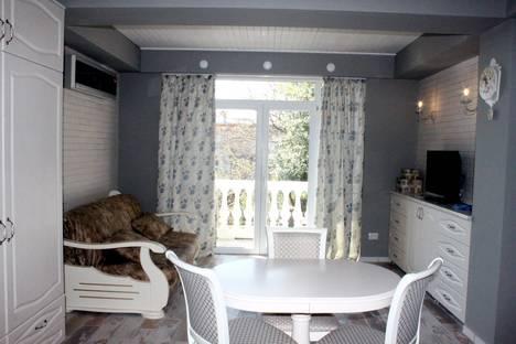 Сдается 2-комнатная квартира посуточно в Ялте, Гаспра Маратовская 67.