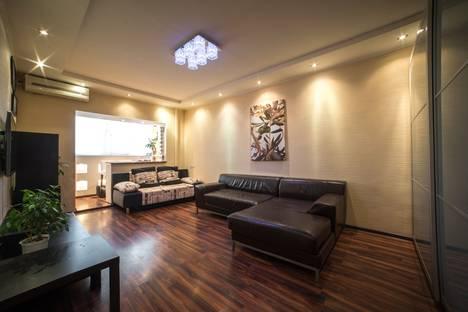 Сдается 3-комнатная квартира посуточно в Астрахани, Герасименко 6 к1.