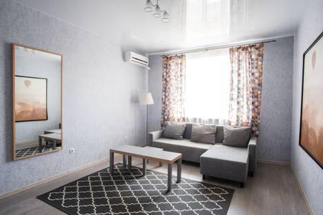 Сдается 1-комнатная квартира посуточно, улица Черепановых 2а.