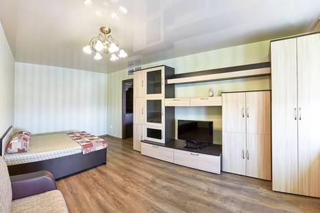 Сдается 1-комнатная квартира посуточнов Кургане, улица Пичугина, 6.