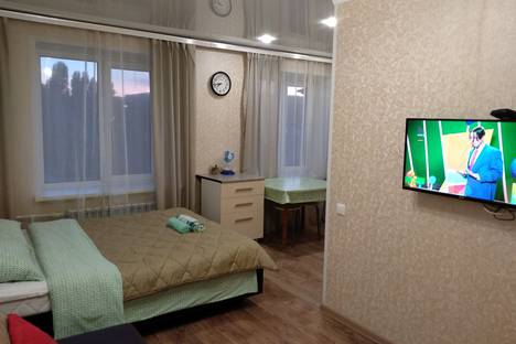 Сдается 1-комнатная квартира посуточно в Вольске, ул. Ленина д.182.