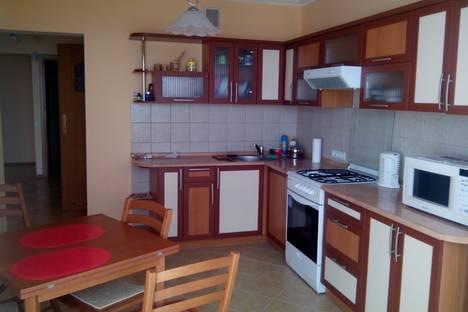 Сдается 3-комнатная квартира посуточнов Кореизе, ул. Южная, дом 26.