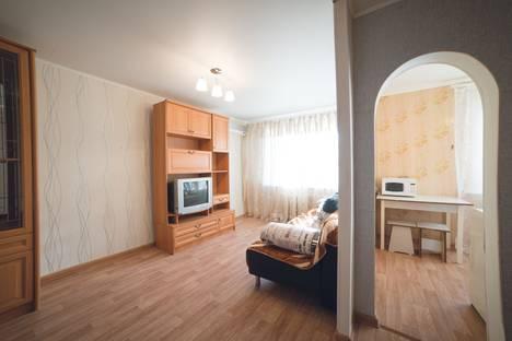 Сдается 1-комнатная квартира посуточнов Астрахани, улица Степана Здоровцева, 10.