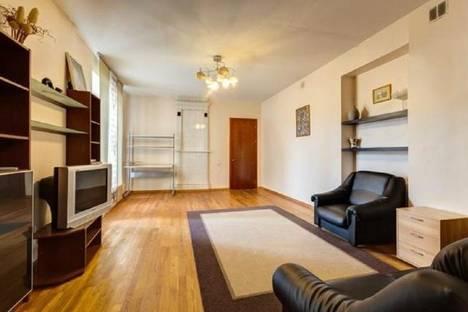 Сдается 2-комнатная квартира посуточнов Санкт-Петербурге, улица Восстания, 17.