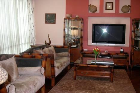 Сдается 2-комнатная квартира посуточно в Алматы, проспект Достык 162.