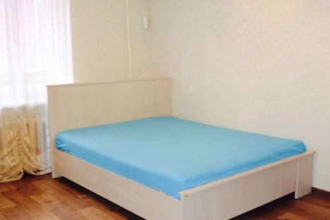 Сдается 1-комнатная квартира посуточно в Альметьевске, улица Гафиатуллина, 33.
