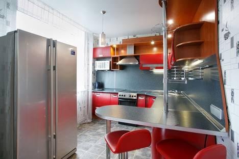 Сдается 2-комнатная квартира посуточно в Красноярске, улица Алексеева, 23.