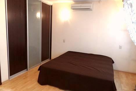 Сдается 3-комнатная квартира посуточно, Пролетарская улица, 135.