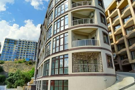 Сдается 1-комнатная квартира посуточно в Отрадном, Морской спуск, 5.