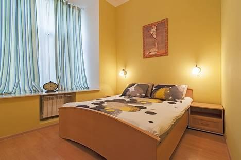 Сдается 2-комнатная квартира посуточнов Санкт-Петербурге, Невский проспект, 135.