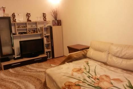 Сдается 3-комнатная квартира посуточнов Сочи, Адлер, Адлерский район ул. Кирова 77.