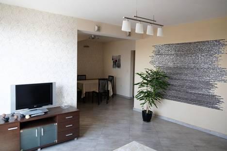 """Сдается 3-комнатная квартира посуточно в Бургасе, Bulgaria, Burgas, bulevard """"Demokratsia"""" 75."""