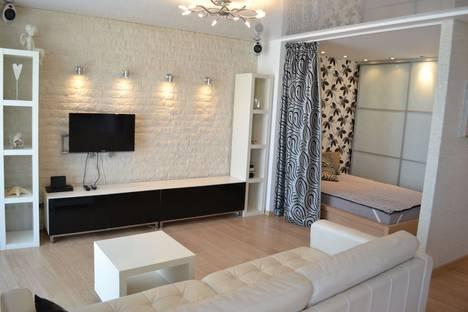 Сдается 1-комнатная квартира посуточно в Волгограде, ул. Пархоменко, 33.