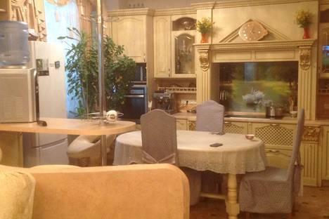 Сдается 2-комнатная квартира посуточно в Анапе, улица Горького, 12.