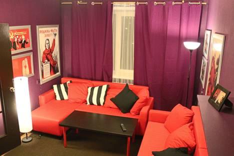 Сдается 2-комнатная квартира посуточно в Курске, Майский бульвар, 11.