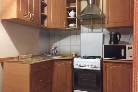 Сдается 1-комнатная квартира посуточно в Усинске, улица Молодежная 22.
