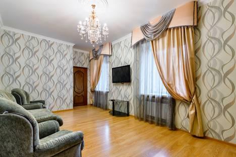 Сдается 3-комнатная квартира посуточнов Ростове-на-Дону, Будённовский проспект, 11.