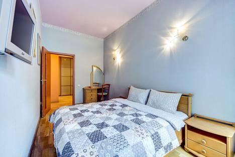 Сдается 2-комнатная квартира посуточно в Санкт-Петербурге, Большая Московская улица, 9.