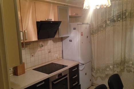 Сдается 3-комнатная квартира посуточнов Санкт-Петербурге, Комендантский 32к2.
