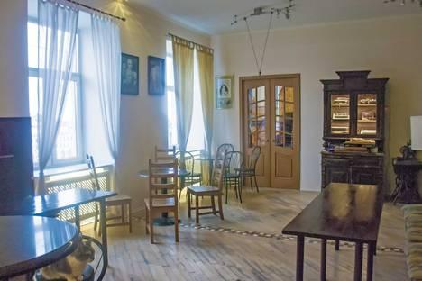 Сдается 2-комнатная квартира посуточнов Пушкине, Невский проспект, 22/24.