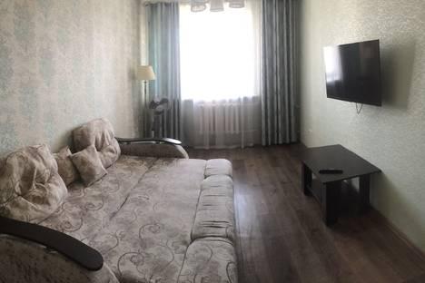 Сдается 1-комнатная квартира посуточно в Благовещенске, улица Шимановского 80.