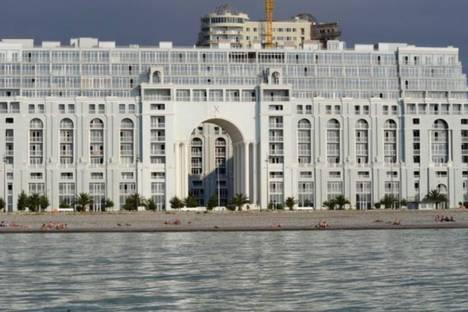Сдается 3-комнатная квартира посуточнов Кобулети, Шериф Химшиашвили 2.